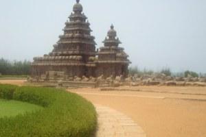 Impromptu India - Shore Temple